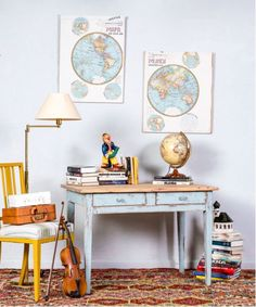 #escritorio #mesa #cocina #zonadeestudio #bluedecor #muebles #mueblesvinatge #cottage #decoration #interiorismo #decoradores #lovedeco #colordesign #casas #home #rustic #homeideas #mueblesonline #mueblesreciclados #acogedor #casasconencanto #mueblesoriginales Office Desk, Furniture, Vintage, Home Decor, Wooden Desk, Desks, Antique Writing Desk, Antique Wood, Rustic Table