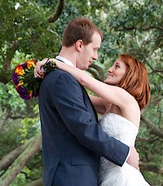 A happy wedding photo at White Point Gardens in Charleston, SC @Jen Briggs You're on Pinterest! Your wedding is famous!