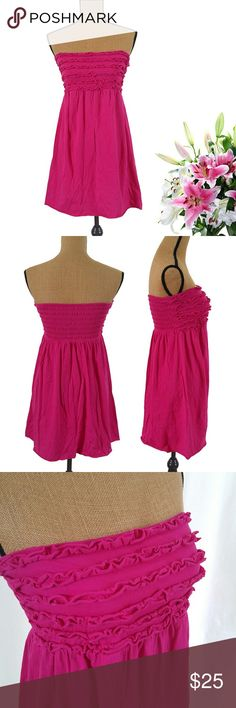 Hot Pink Xhilaration Strapless Sun Dress Junior L Cute summer sun dress, 95% cotton, 5% spandex. Junior L, also fits like a normal small. In like-new condition Xhilaration Dresses Strapless