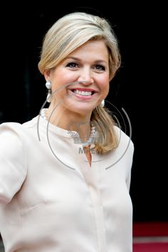 King Willem-Alexander and Queen Maxima attended a meeting with modern artists at the Royal Palace in Amsterdam.
