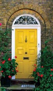 Love the yellow, the window, the brick