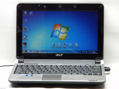 Acer Aspire One KAV60 Mini Laptop 2GB Memory Win 7 Home #00353