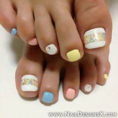 Pretty Toe Nail Art!  Come to Luxury Spa  Nails for all of your pampering needs! Call (803) 731-2122 or visit www.luxuryspaandnails.weebly.com for more information!