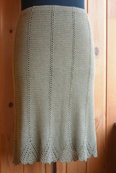 Crochet Skirt Irish lace, crochet, crochet patterns, clothing and decorations for the house, crocheted. Crochet Bodycon Dresses, Black Crochet Dress, Crochet Skirts, Crochet Blouse, Knit Skirt, Crochet Clothes, Knit Dress, Filet Crochet, Crochet Shell Stitch