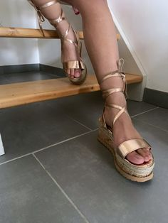 7b55e1bf8beab 15 images formidables de Sandales à lacets