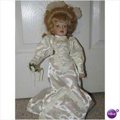 Antique Victorian Porcelain Bride Doll Vintage Porcelain Dolls, Bride Dolls, Never Grow Up, Elsa, Victorian, Disney Princess, Antiques, Collection, Women
