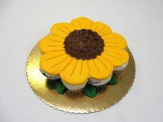 Pull Apart Flower Cupcake Cake