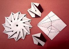 instruction photos to fold modules and assemble another 12 pointed star | Flickr - Photo Sharing!