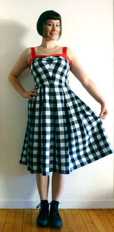 Gingham Sweetheart Sundress from Gertie's New Book for Better Sewing New Books, Gingham, Vintage Dresses, Sewing Patterns, Couture, My Style, How To Wear, Inspiration, Clothes