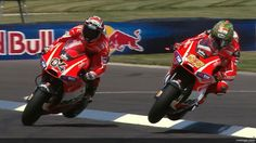 MotoGP: Valentino Rossi and Nicky Hayden make tough passes in the final corners at the Indianapolis GP. Concept Motorcycles, Racing Motorcycles, Ducati Models, Nicky Hayden, Side Car, Motosport, Valentino Rossi, Road Racing, Sport Bikes