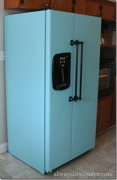 13 Fridge Makeovers That Will Blow Your Mind Paint Refrigerator Painting A White Refrigerator With Liquid Stainless Steel How To Paint A Refrigerator Addicted 2 Decorating Stylist Map Painted Fridge…Read more of Painting A Refrigerator Refrigerator Makeover, Paint Refrigerator, Painted Fridge, Kitchen Colors, Kitchen Decor, Fridge Decor, Kitchen Paint, Kitchen Ideas, Painting Appliances