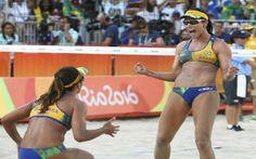 Bárbara e Ágatha vencem República Tcheca no vôlei de praia por 2 a 1