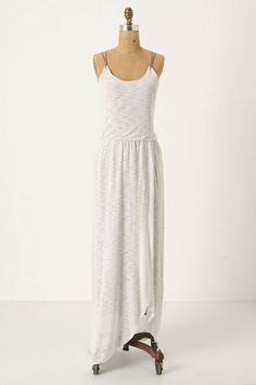 if only i could wear white, this would be all i would take to tuscany this summer...*sigh*