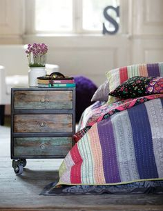 Who said we had to use the typical bedside table as our nightstand? Add some flair to your living space with one of these 7 unique nightstand ideas! Drawers On Wheels, Bedside Table Design, Bedside Tables, Boho Chic Bedroom, Diy Casa, Distressed Furniture, Distressed Wood, Dresser As Nightstand, Nightstand Ideas