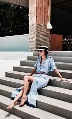 Summer is all about taking it easy in a breezy dress, stunning sunglasses, and a simple sunhat.