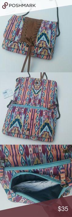 1hrNwt Zyon beautiful day aztec cross bodybag 1hrNwt Zyon beautiful day aztec cross bodybag rustic strap zyon Bags Crossbody Bags