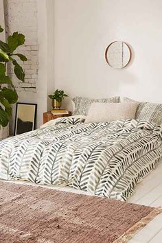 Dash And Ash For DENY Herring Duvet Cover - Urban Outfitters