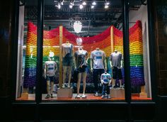 Knit Flags by Knits for Life Showing at Old Navy Flagships in #SanFrancisco, #NewYorkCity & #Chicago - Happy #Pride! Celebrated on KnitHacker today, read more about it ... #lovewins #knit #knitting