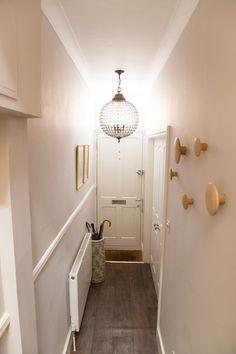 Narrow white hallway in victorian terrace house. Narrow Hallway Decorating, Narrow Entryway, Foyer Decorating, Hallway Ideas Entrance Narrow, Modern Entryway, Entryway Ideas, Entryway Decor, Decorating Ideas, Corridor Ideas
