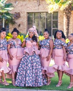 INDEED TRADITIONAL WEDDING DRESSES FOR WOMEN IN 2021 Traditional Wedding Dresses, Bridesmaid Dresses, Classy, Celebrities, Outfits, Women, Fashion, Bridesmade Dresses, Moda