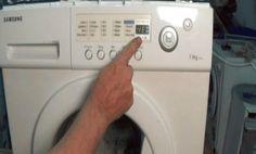 LG PE – problémy při provozu snímače hladiny vody. FE – přetečení nádrže. DE – problémy se zámkem dveří (zkontrolujte, zda jsou dostatečně utěsněny). IE – problémy při napouštění vody: pračka nemůže získat dostatek vody. OE – Problémy s drenáží: zkontrolujte stav hadice a filtru. UE – narušení vyrovnávání bubnů. TE – teplotní režim není …