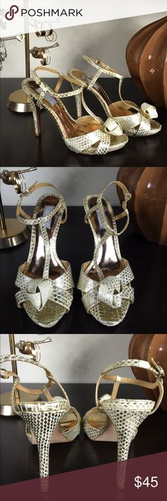 BADGLEY MISCHIKA Size 8 1/2 Beautiful leather gold and cream snakeskin patterned sandals. T-strap with rosette detail. Great Condition!  Make me an offer!!! Badgley Mischka Shoes Sandals