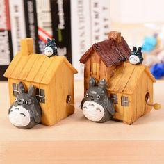 Cartoon Chinchilla House Resin Craft Music Box Creative Hand-Cranked Musical Box