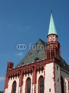 Die Nikolaikirche auf dem Römerberg in der Innenstadt von Frankfurt am Main in Hessen