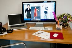 Style HQ: Inside Moda Operandi's Chic Office+#refinery29 Mind Reading Tricks, Happy At Work, Ways To Be Happier, Happiness Project, Online Clothing Boutiques, Feeling Happy, Getting Organized, Workplace, Cute Babies