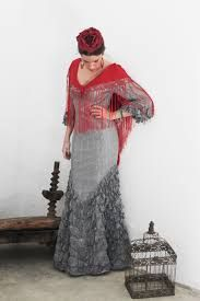 Resultado de imagen de trajes de flamenca doña ana
