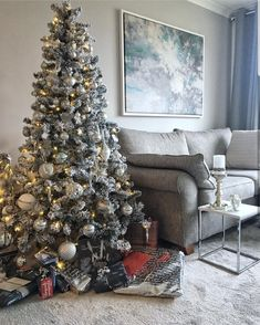 Silent Night, Christmas Trees, Interiors, Holiday Decor, Home Decor, Home, Xmas Trees, Homemade Home Decor, Decoration Home