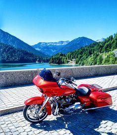 Harley Davidson Road Glide Laguna