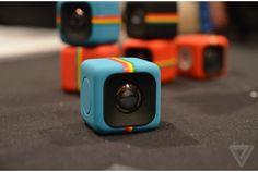 ポケットに小さなキューブ型カメラを忍ばせてお出かけしよう | roomie(ルーミー)