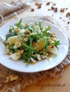 Sałatka z gruszką, orzechami włoskimi i serem pleśniowym z dressingiem orzechowym Orzo, Potato Salad, Risotto, Potatoes, Ethnic Recipes, Food, Diet, Potato, Essen