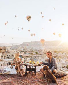 """LAUREN BULLEN on Instagram: """"Rooftop breakfast with the best view yet..A sky full of Balloons@sultan_cave_suites"""""""