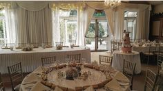 Golden theme and gold chiavari chairs in Glenview Suite Chiavari Chairs, Wedding Venues, Table Settings, Table Decorations, Gold, Furniture, Home Decor, Wedding Reception Venues, Wedding Places