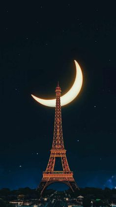 Moonlight Over Paris - IPhone Wallpapers