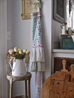 Chateau Chic: Looking Like Spring on the Inside