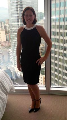 Not sure I'd wear this to work - maybe with a jacket - but it was loads of fun to wear out to dinner when we were in Vancouver - so comfy - love Banana Republic.