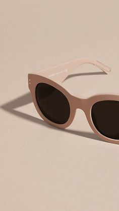 Burberry cat-eye sunglasses in nude acetate with distinctive wide temples.