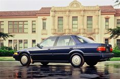 The Honda Accord turns 40 today. Having sold million copies in the United States, it's the most popular car in America over the last four decades. Anniversary Photos, 40th Anniversary, Most Popular Cars, Honda Accord Lx, Happy 40th Birthday, Close Up Photos, Evolution, North America, Photo Galleries