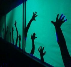 Hand Silhouettes - Haunted House Undead Hand Silhouettes - Haunted House: 4 Steps (with Pictures)Undead Hand Silhouettes - Haunted House: 4 Steps (with Pictures) Haunted House For Kids, Haunted House Party, Haunted House Decorations, Scary Halloween Decorations, Halloween Haunted Houses, Diy Haunted House Props, Haunted Diy, Haunted Places, Garage Halloween