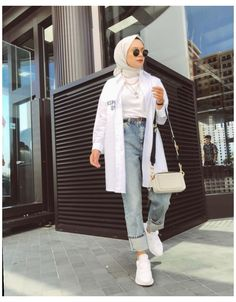 Hijab Fashion Summer, Modest Fashion Hijab, Modern Hijab Fashion, Street Hijab Fashion, Hijab Fashion Inspiration, Muslim Fashion, Mode Inspiration, Modest Outfits Muslim, Hijab Fashion Casual