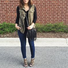 Love this casual chic look by @kristina_bor!