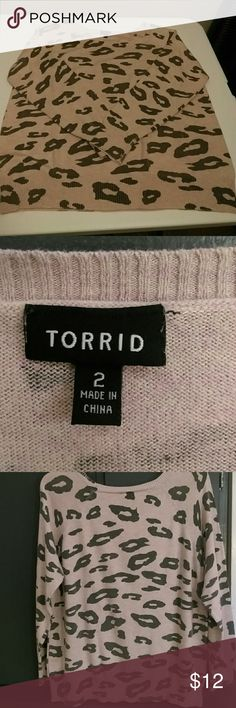 """Torrid Sweater Pullover Pullover, long sleeve, bust 46"""".  sleeve 26"""".   Back length ,24"""". Machine wash, lay flat to dry.  Cotton  viscose and nylon .  Smoke free .  All reasonable offers accepted. torrid Sweaters Crew & Scoop Necks"""