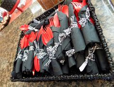 Damask black and red disposable dinnerware