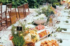 Wedding Reception Food Trend Alert: Family-Style Dinners for Wedding Receptions - Since your wedding reception is a time for family and friends to come together and celebrate, why not serve dinner like you're all sitting in your din Wedding Reception Food, Wedding Dinner, Wedding Catering, Wedding Menu, Wedding Receptions, Catering Food, Dream Wedding, Wedding Table, Catering Events