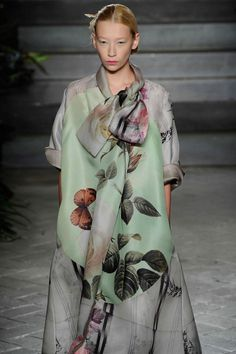 Botanical prints and the softest palette made #AntonioMarras one of the prettiest shows of the weeks so far at #MFW