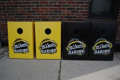 Mike's Harder Lemonade front view bag set
