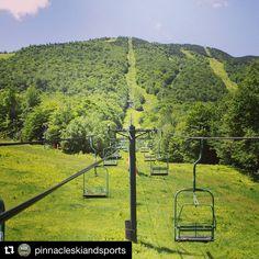 Green Mountain #stowelocal #repost @pinnacleskiandsports